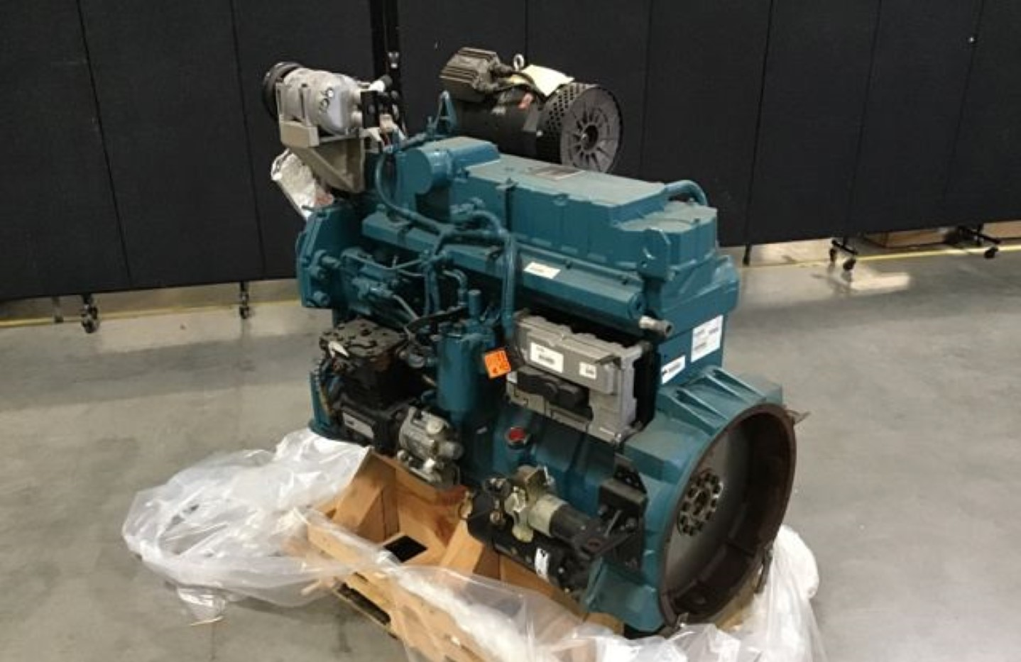 International C330 Diesel Engine