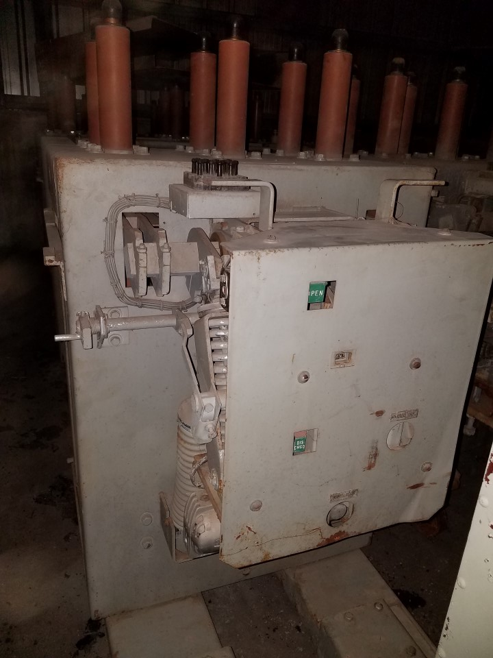 GE 1200 AMP Circuit Breaker AM-13.8-500