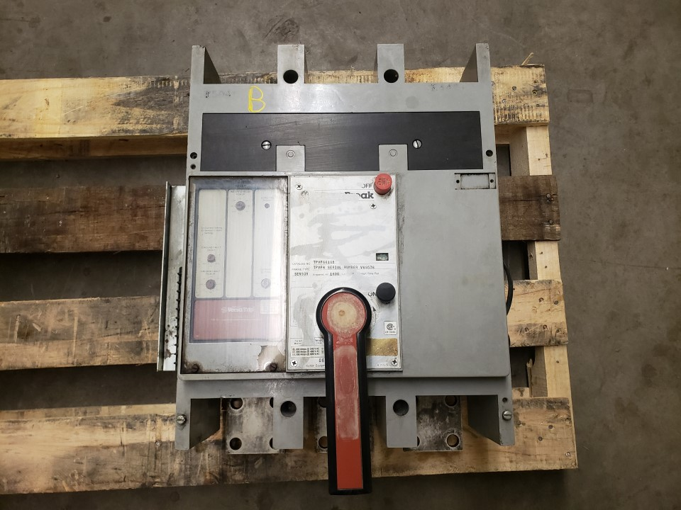 General Electric TPVF6616B 1600 Amp 600 Volt Power Break Circuit