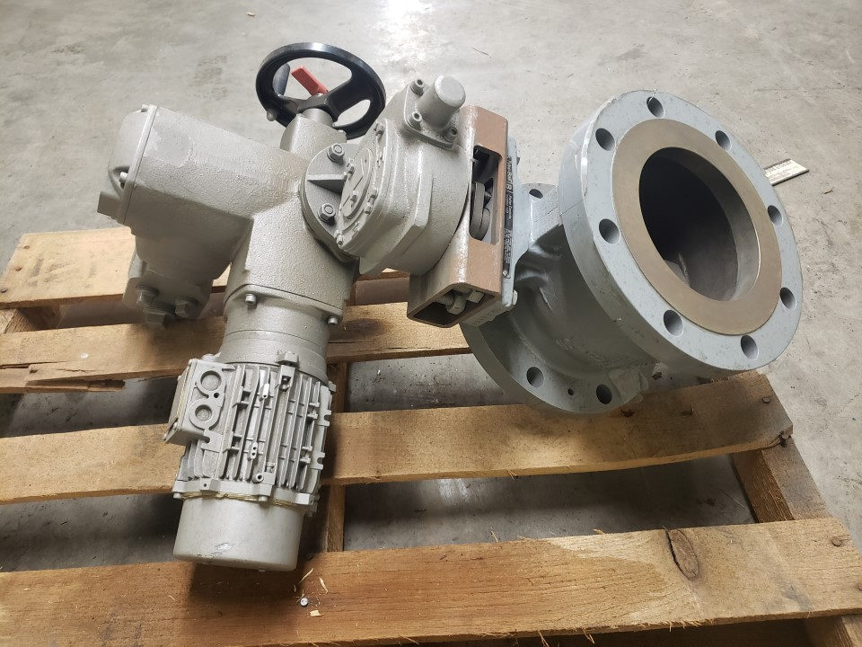 "Fisher 6"" V150-B SS Ball Valve With Auma SA07.5 Electric Actator"