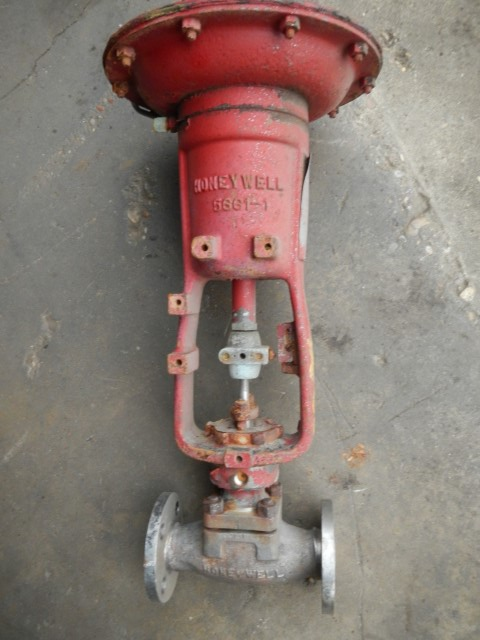 "Honeywell 1"" 316 Stainless Steel Control Valve"