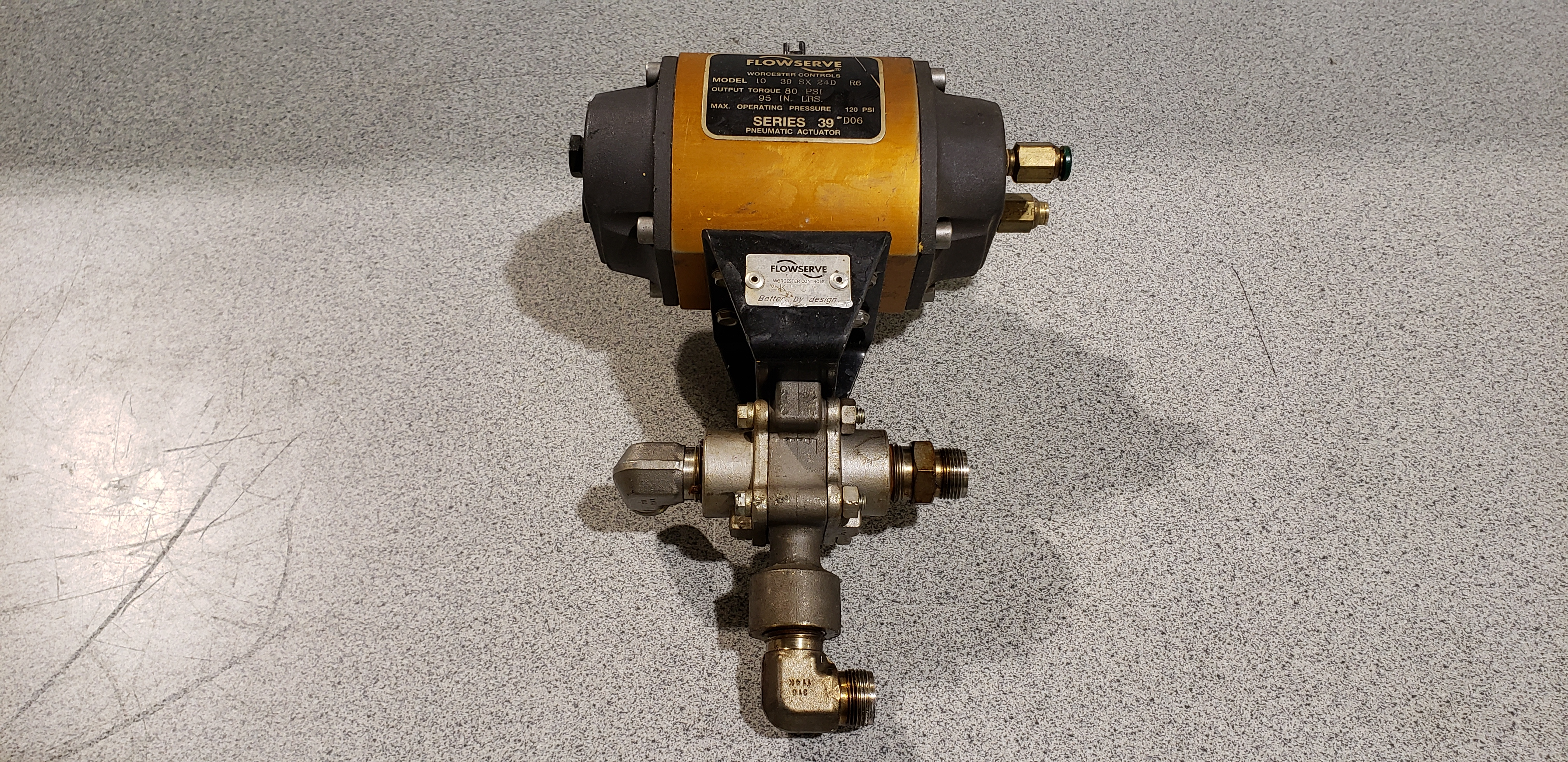 Flow Serve Pneumatic Actuator 10 39 SX 24D R6