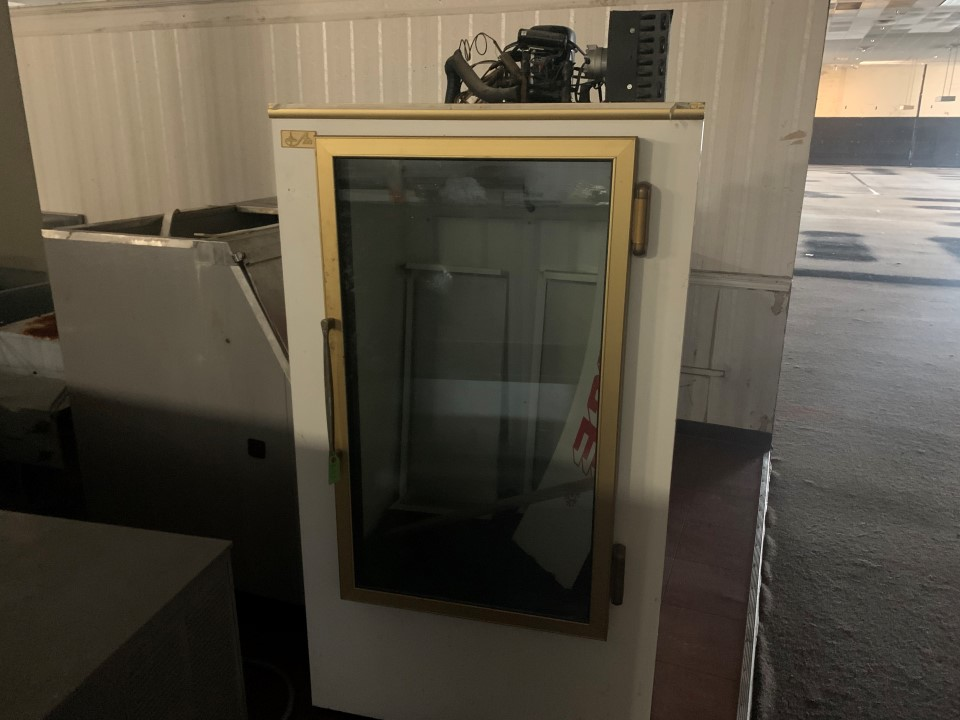 "Leer IS28AG 36"" Reach-In Freezer"