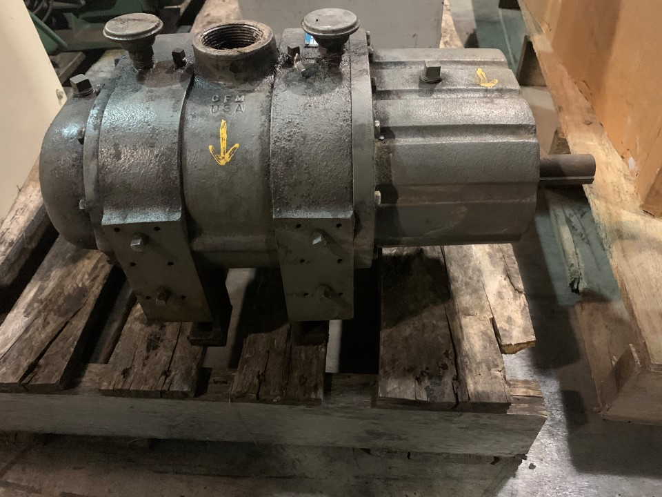 Tuthill Co. Rotary Positive Displacement Blower Model: 3202-81L3