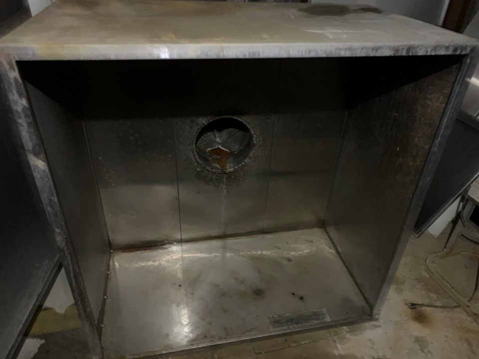 "Captiveaire Systems Exhaust Hood	 Dimensions: 42"" x 26"" x 42"" Mo"