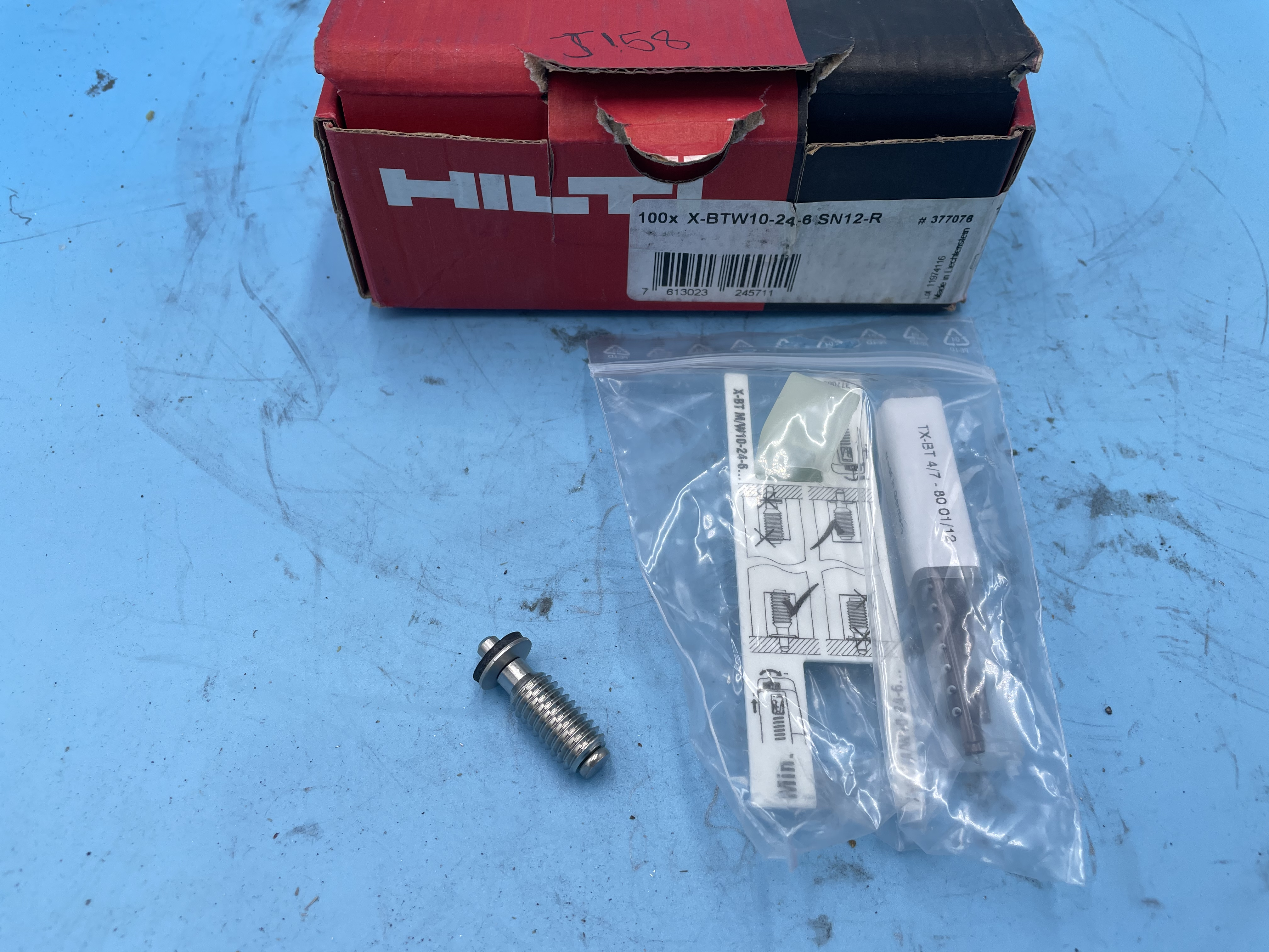 Hilti X-Btw10-24-6SN12-R Stud Fasteners *LOT OF 100*