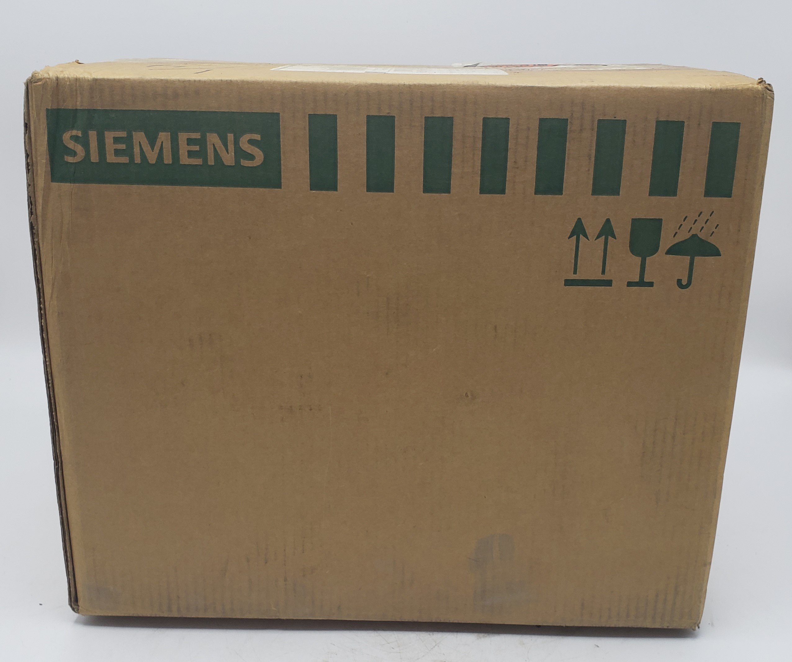 Siemens SLVBH3610G 30 Amp 600 Volts Bus Plug New in Box