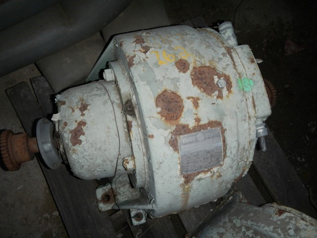 Dynamic Eaton M11300050908 15 HP, 1800 RPM Gear Reducer